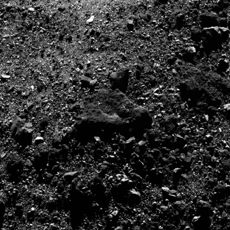 crumbling boulders on Bennu