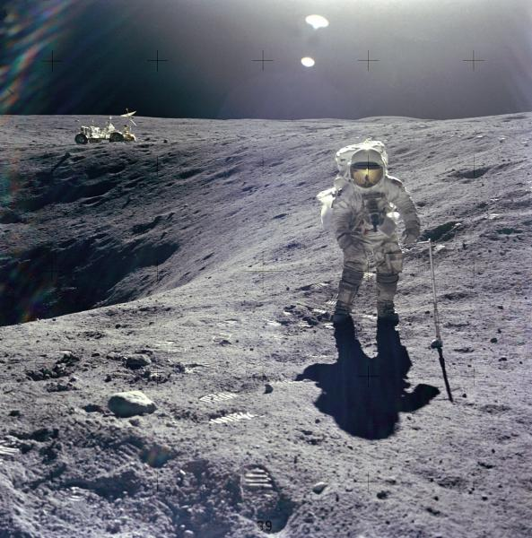 moon walk apollo 16