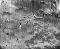 Mariner 9 photo of a martian channel, Nirgal Vallis